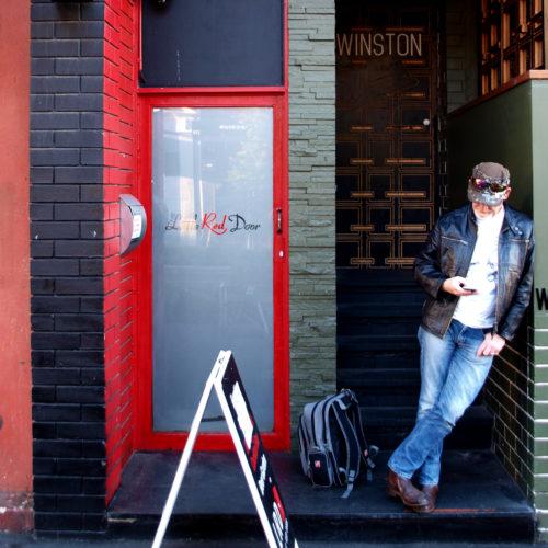red door – kami