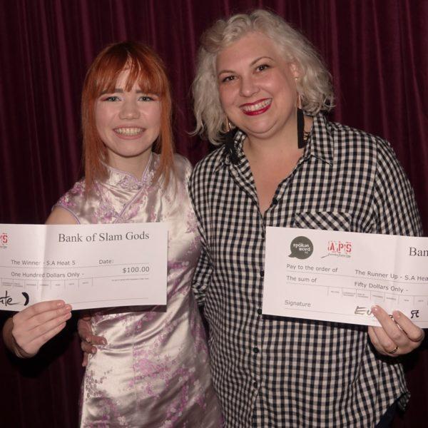 Emelia Haskey – winner – and Tracy McNally – runner up – heat 5